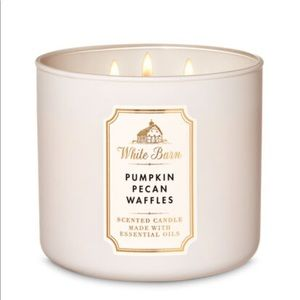 NEW IN BOX- Pumpkin Pecan Waffles 3 wick candle